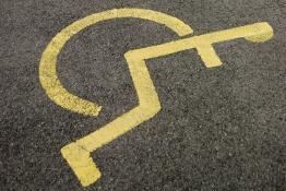 Picture of a disabled parking space symbol